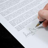 Contratto a Termine va obbligatoriamente firmato